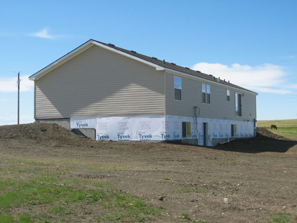 Horse 10 acres homes inc rapid for Home builders in rapid city sd