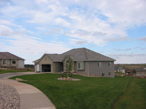 Homes inc rapid city sd black for Rapid city home builders